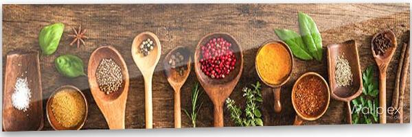 konyhai fali panel fűszerek
