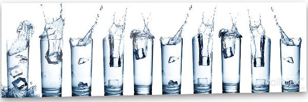 konyhai fali panel vizes poharak