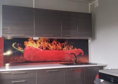 chili paprika konyha hátfal egyedi rendelés