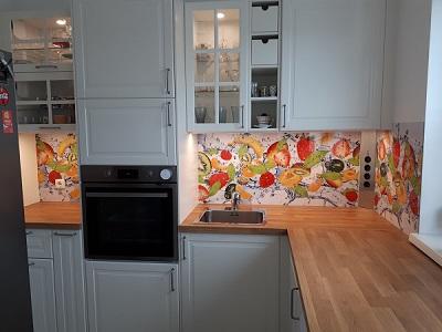 egyedi konyhapanel