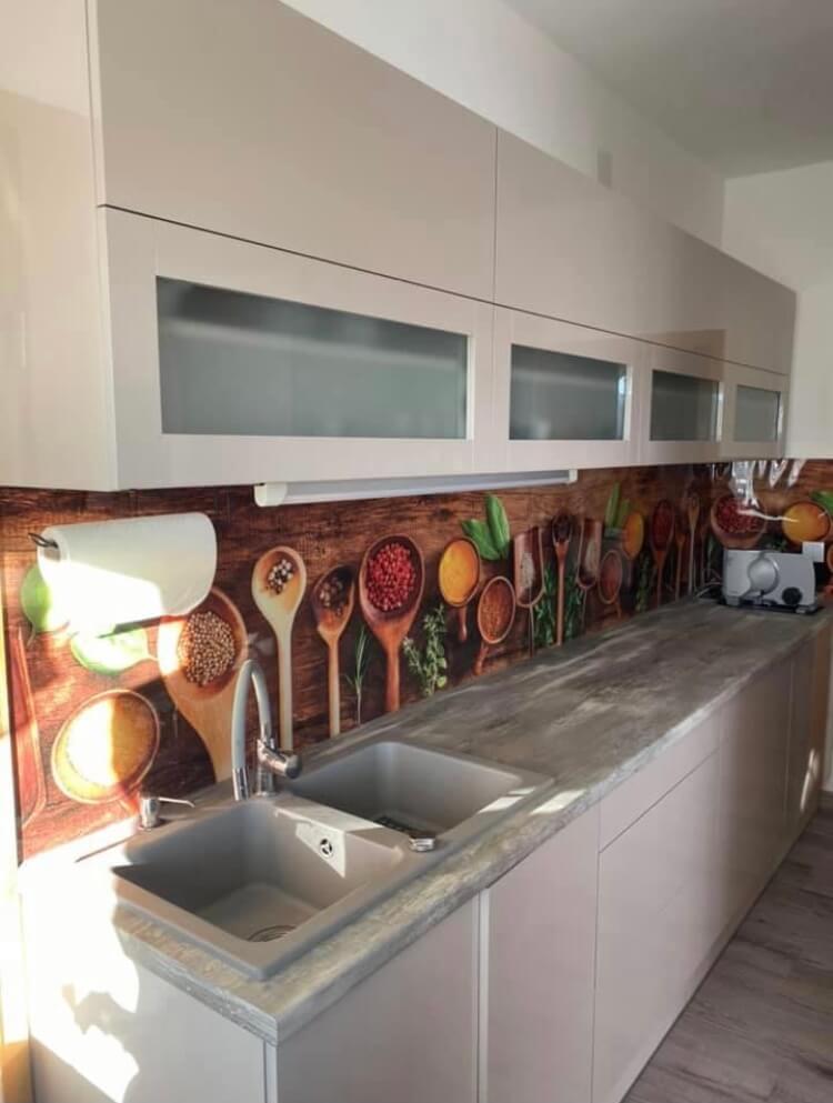 Fűszerek konyhapanel